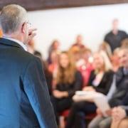 LEDERUDDANNELSE - Bliver man en bedre leder af at være på lederuddannelse?